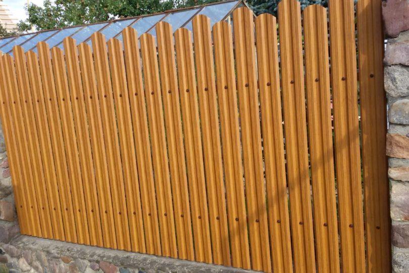 Забор из штакетника под дерево, Фото, №4