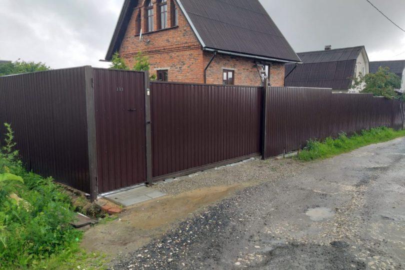Забор из профнастала на ленточном фундаменте, Фото, №4