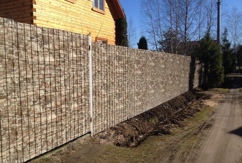 Забор из профнастила под камень, Фото, №2