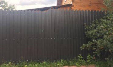 Забор из серого профнастила, Фото, № 7