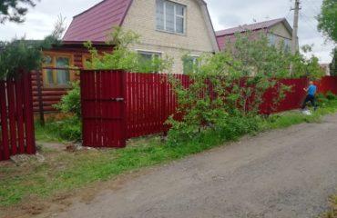 Забор из двухстороннего штакетника